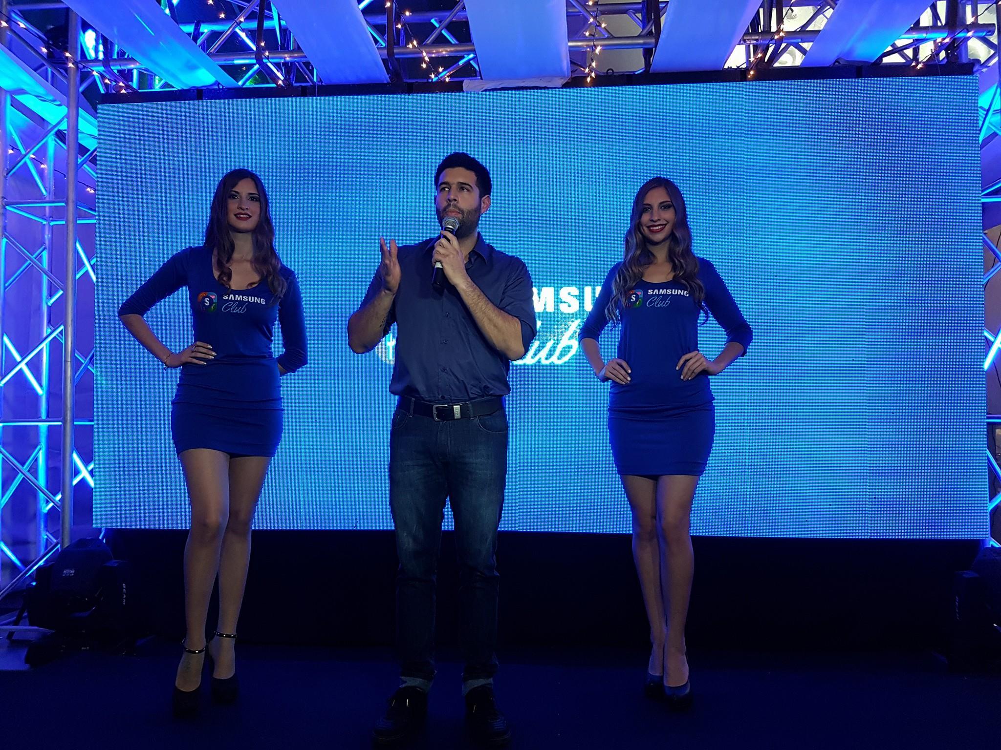 El embajador Bicho Riveros presentador de la noche (1)